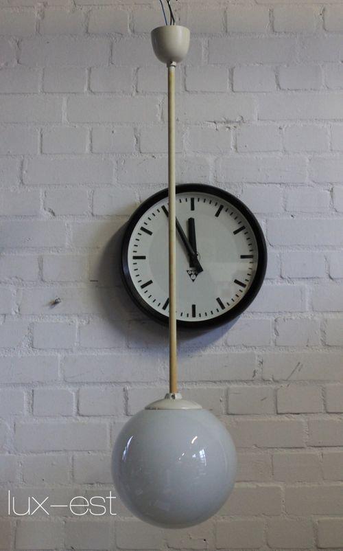 'MONA M' Opal Kugel Pendel Lampe Bauhaus Design DDR Vintage