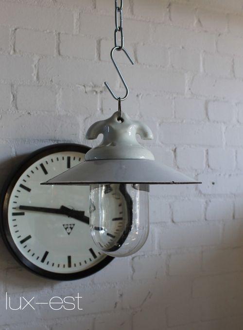 'VISTA S' Bauhaus Design Lampe Emaille Glas Porzellan Industrie