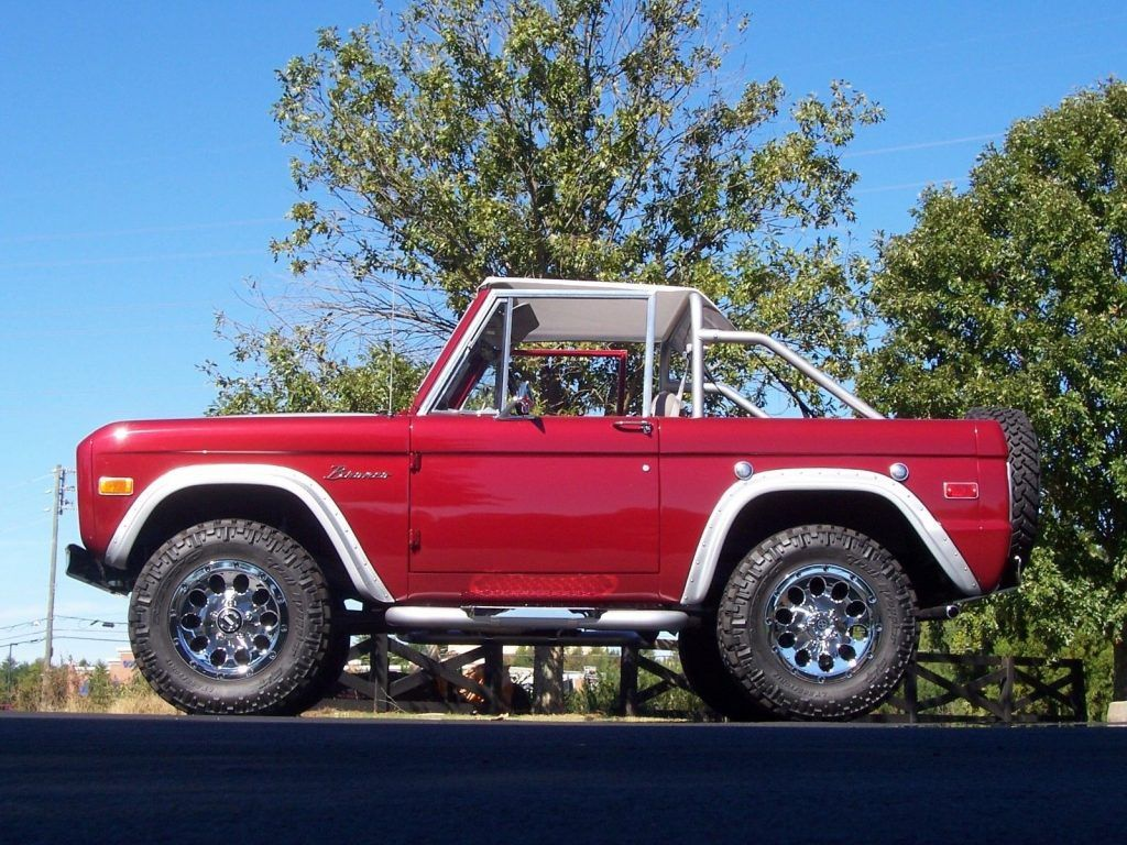 Gorgeous Restored 1974 Ford Bronco