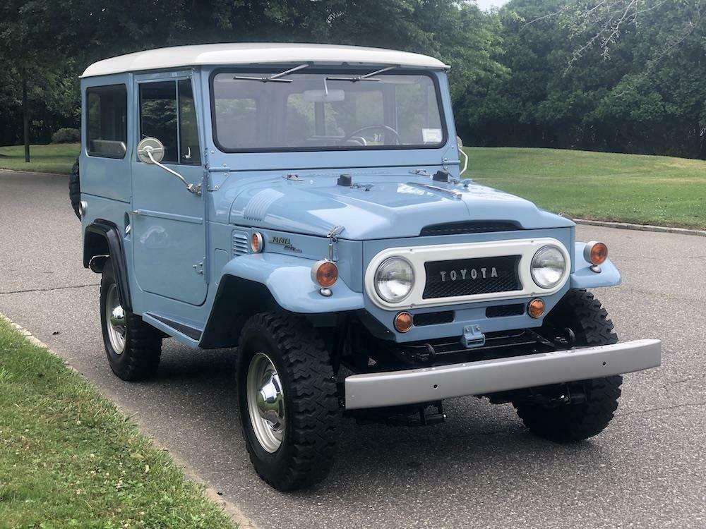 1969 Toyota FJ40 [Highly Restored]