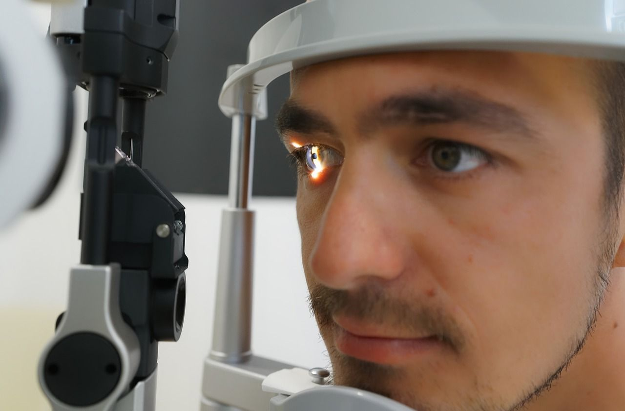 ophthalmology expert witness