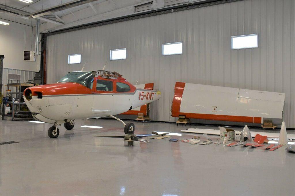 1973 Cessna 210L Centurion aircraft [solid project]