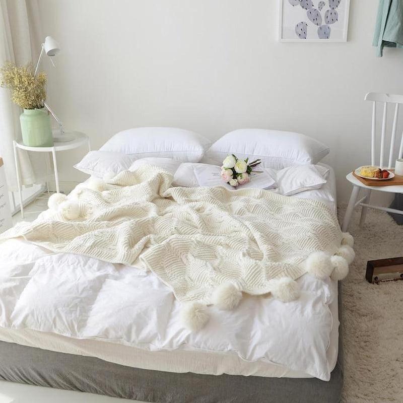 Isla Snow White Knitted Throw-Heart N' Soul Home-White-130x160CM-Heart N' Soul Home