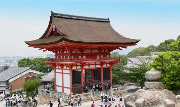 japan-ends-lockdown