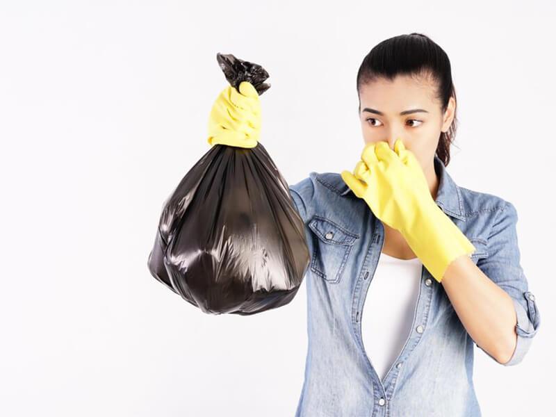 Bạn sẽ không còn khó chịu với mùi rác thải