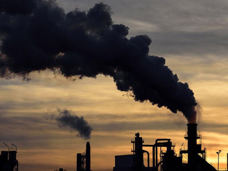 Khí thải công nghiệp sẽ ảnh hưởng rất lớn đến sức khoẻ của bạn