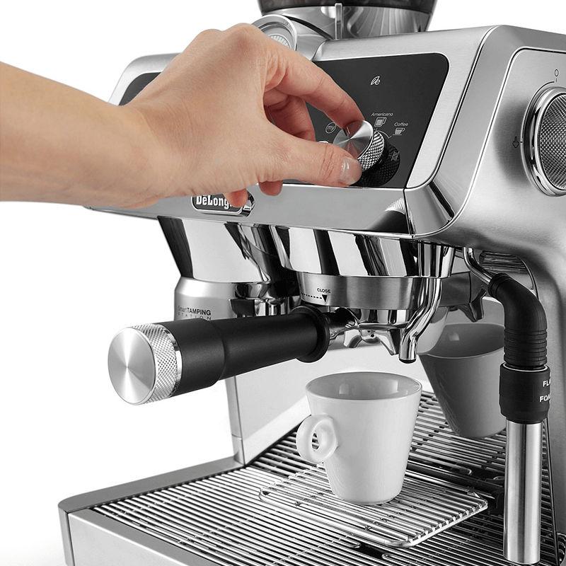 Máy pha cafe Delonghi EC9335 4
