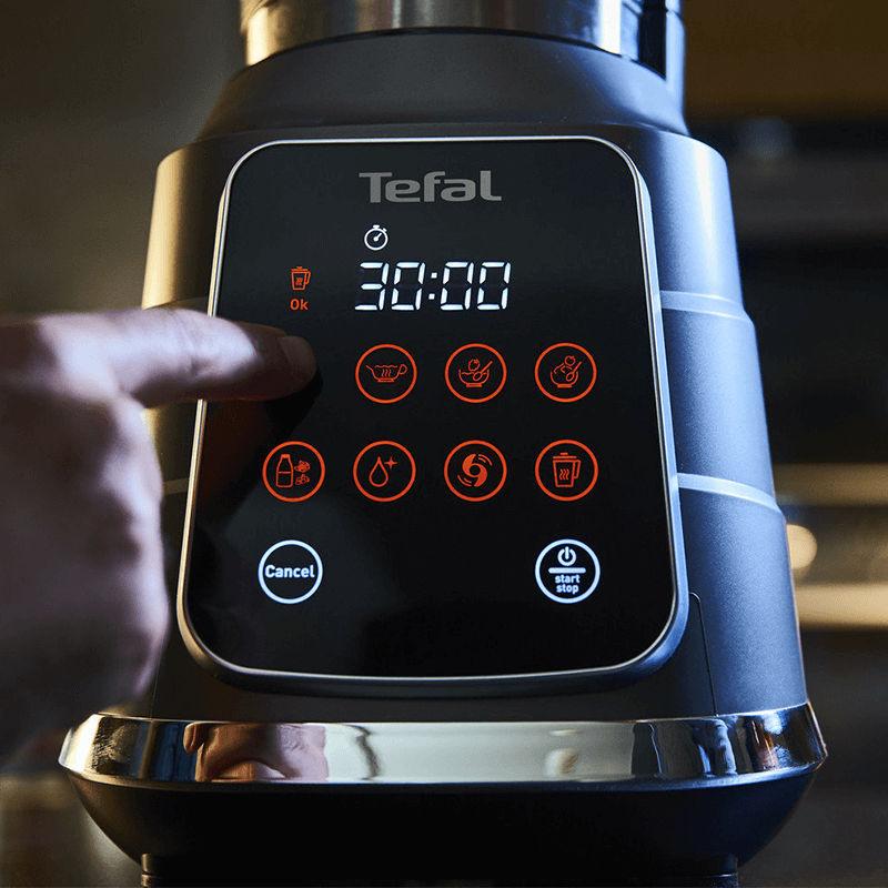 BL985A31 có 8 chương trình xay và nấu nóng
