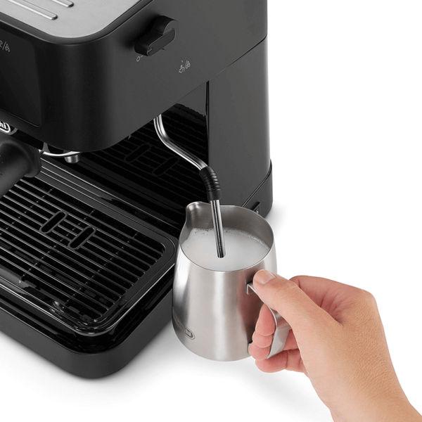 EC230.BK có hệ thống tạo bọt sữa bằng tay