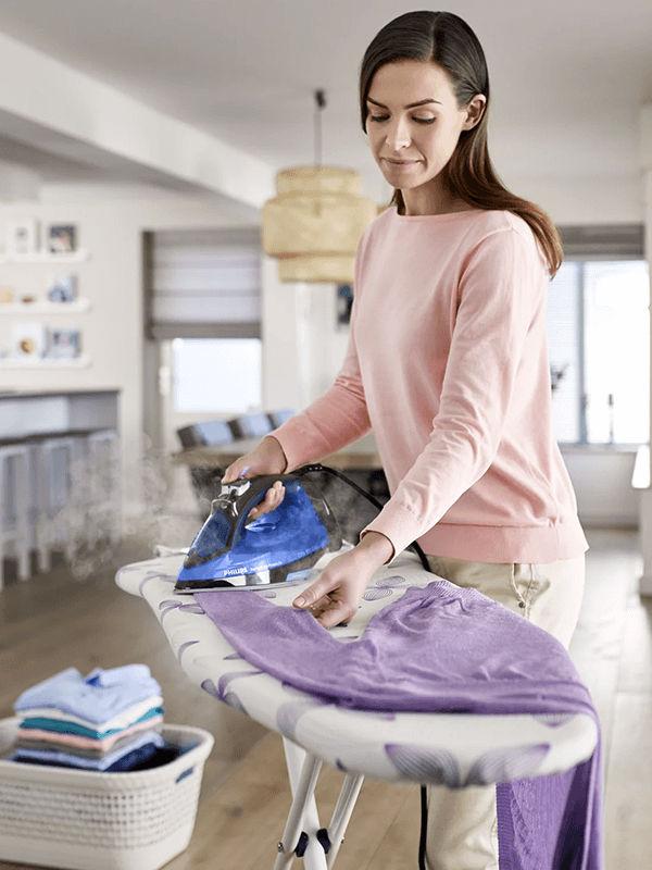 Bàn ủi hơi nước Philips GC3920 an toàn với mọi loại vải