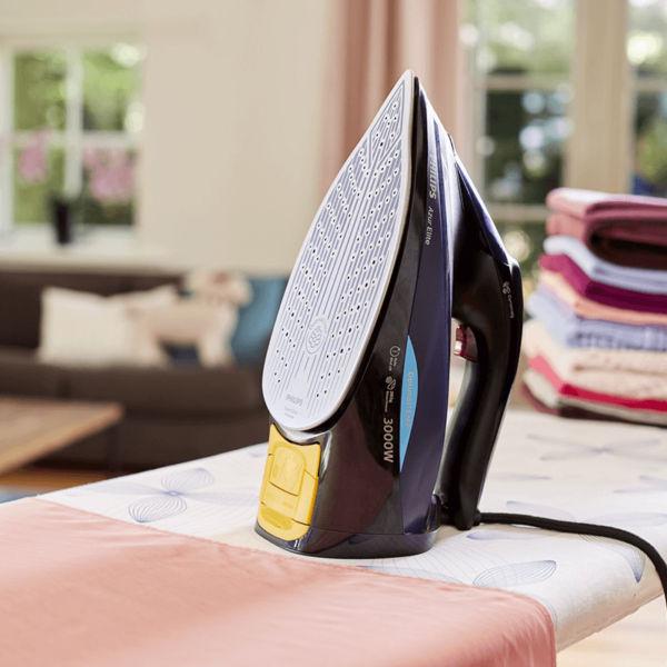Bàn ủi hơi nước Philips GC5039 ứng dụng công nghệ OptimalTEMP tiên tiến