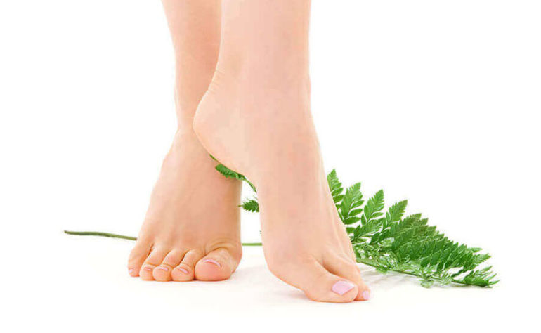 Foot Care Tips For Healthy And Beautiful Feet!