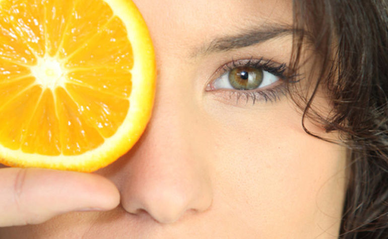 What are Vitamin C Serum Benefits ? And Why Should You Use?