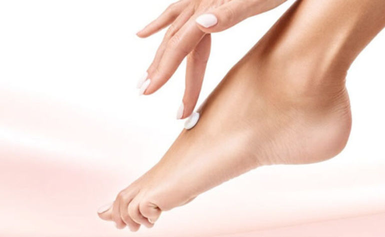 All You Need To Know : Essentials of a cracked heels treatment cream