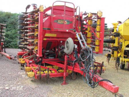 VADERSTAD RAPID 600F 6 metre system disc seed drill