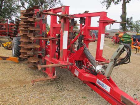 SUMO TRIO 4 metre Tine Disc Press Cultivator