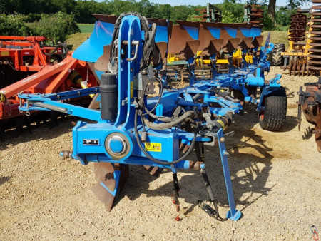 LEMKEN JUWEL 8 Plough, 7 furrow, 6+1, Hyd variwidth, 2016 V good metal