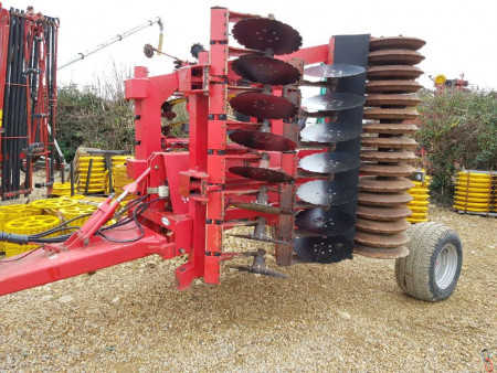OPICO HEVA DISC ROLLA 4 metre Hyd folding c/w all new discs