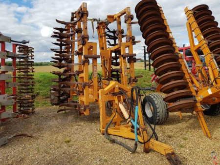 SIMBA 6 metre Trailed Maxi-Mix Stubble Cultivator