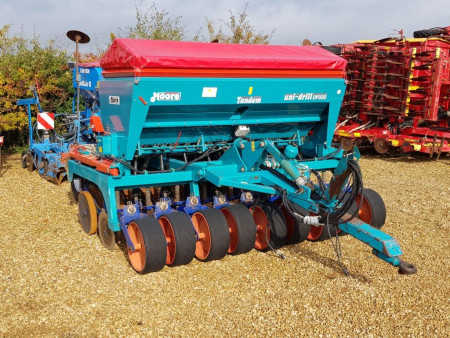 MOORE UNIDRILL TANDEM 3 metre Direct Drill, Tungsten Coulters