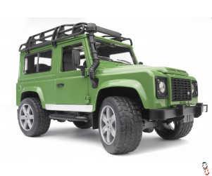 Bruder Farm Toy Land Rover Defender 1:16
