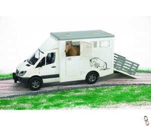 Bruder Mercedes Benz Sprinter Horse Transport c/w Horse 1:16 Farm Toy