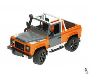 Bruder Land Rover Defender Pick Up 1:16 Farm Toy