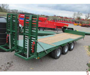 BAILEY 26ft Tri-Axle Beavertail Plant Trailer, New, 2018 - in stock