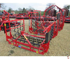 PROFORGE 4 metre Mounted Hyd Folding Chain Harrow