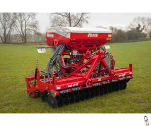 MOORE UNIDRILL 3 metre Direct Drill, New, 32 row, UK Built ! *Currently Available from Stock*