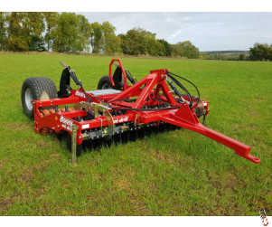 MOORE UNIDRILL 3 metre Direct Drill, New, 24 row, Trailed - Base Unit with No Hopper
