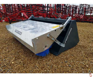 "PROFORGE HYDRAULIC BUCKET BRUSH - COMBI 2.3mtr (7'6"") 1.20m3"