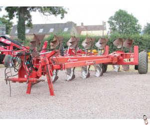 KVERNELAND RX100 Wagon Plough, 7 furrow