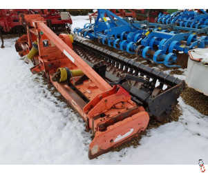 MASCHIO DM 4 metre Power Harrow, New tines, level board, Packer roller,
