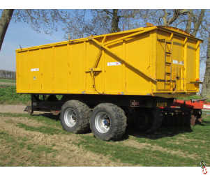 R & R Grain Trailer, 16 tonne, Air & Oil Brakes, Hyd door, rollover sheet