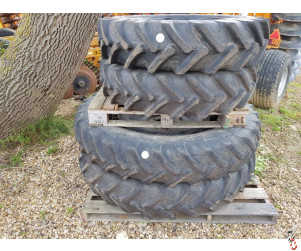 SET of 4 Row Crop Wheels to suit New Holland T7210, 6080, TM150 etc
