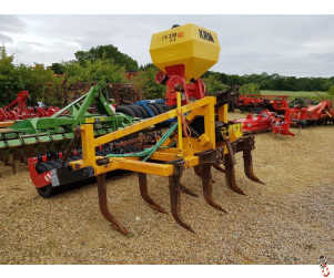 McCONNEL SHAKERATOR 3 metre, 9 leg, Rubber packer, APV Seeder