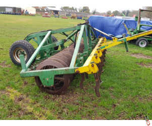 """COUSINS 4 metre Rigid Trailed Heavy Press with 30"""" Rings"""