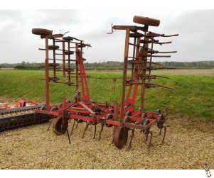 MASSEY FERGUSON 6 metre Springtine Cultivator