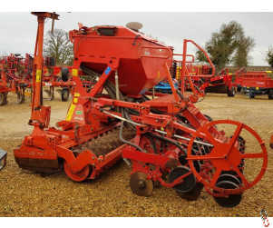 KUHN 3 metre Combination Drill, Disc Coulter