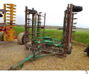 WIBERG BASTANT 8.3 metre, 860 Trailed Springtine Cultivator