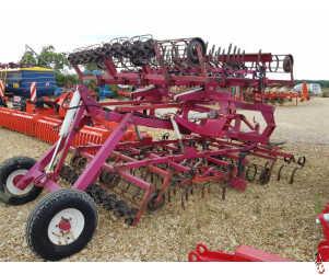 KONGSKILDE GERMINATOR 4 metre Trailed Intensive Seedbed cultivator, good