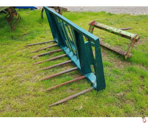 MUCK FORK Heavy Duty to suit Merlo Telescopic, 8 tine, 6ft6 wide