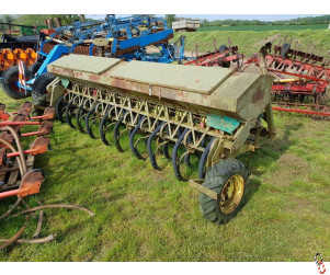 CARIER 3.5 metre Tine Drill, S tine coulters,