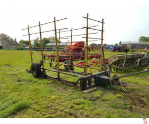 Bale Stack Mover, 128 Bale Carrier