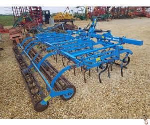 LEMKEN KORUND 4.5 metre Mounted Hyd Folding Seedbed Cultivator,
