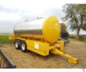 TRIFFIT 13,000 Litre Stainless Steel Bowser, Dual Compartment Tank, Air & Oil Brakes