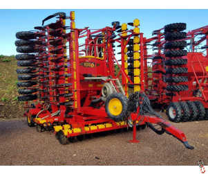 VADERSTAD RAPID A800s 8 metre System Disc Seed drill, 2007, Staggered wheels - Re-Metalled and Ready to Work !