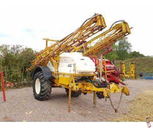 KNIGHT EU Trailed 24 metre Sprayer Delta Auto Rate Governer