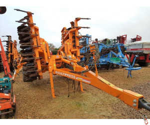 SIMBA CULTIPRESS 5.5 Metre, 2009, Leading tines, levelling boards
